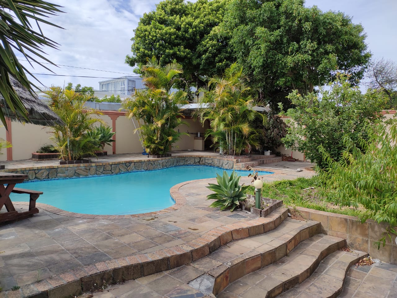3 bedroom house with swimming Pool – R2.6 million