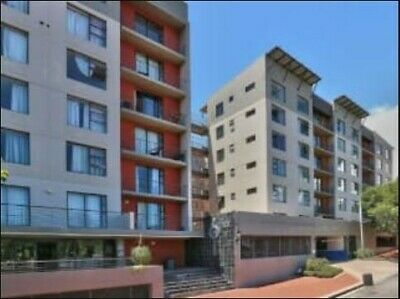 Studio apartment in The Six Building, Zonnebloem R1.1 million